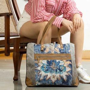 Myra Bag™️ Tote Bag (Hair on)
